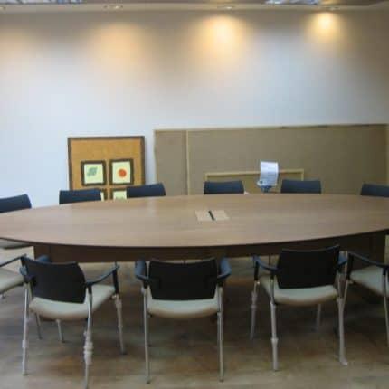 שולחן ישיבות פורניר