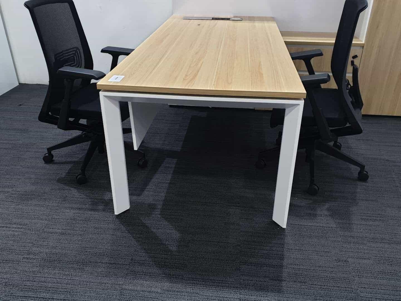 שולחן מנהלים דגם QUATTRO